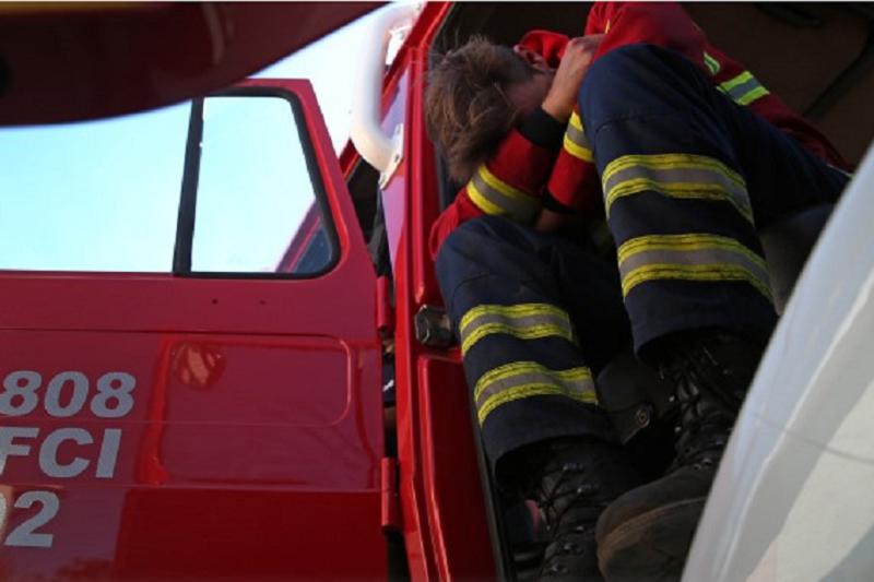 Covid-19: Governo aprova decreto temporário de apoio aos bombeiros