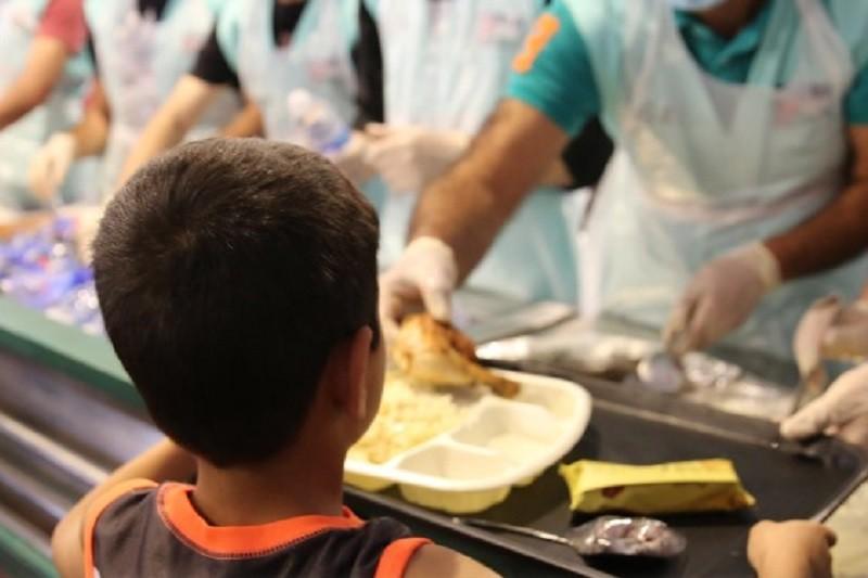 Covid-19: Escolas serviram 18 mil refeições diárias a crianças carenciadas