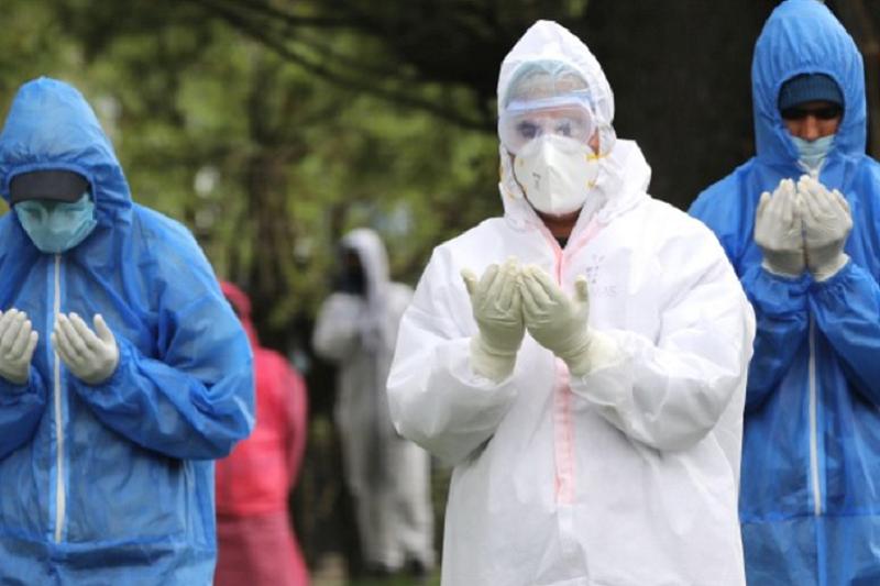 Covid-19: Reino Unido regista mais 813 mortes e ultrapassa os 20 mil óbitos