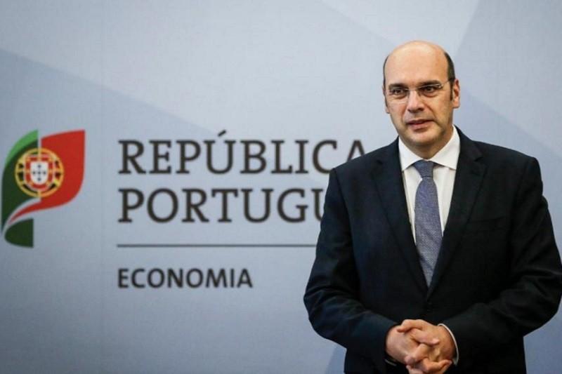 Covid-19: Portugal vai regressar ao trabalho mas com regras exigentes - ministro