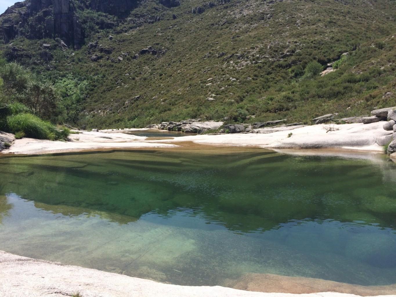 Jovem de 18 anos morreu afogada nas Sete Lagoas, em Montalegre