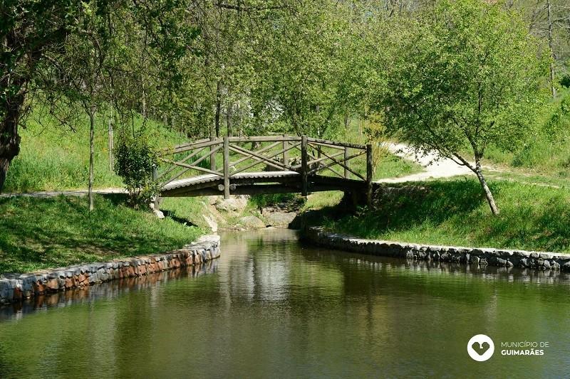 Covid-19: Guimarães inicia desconfinamento com reabertura de cemitérios, parques de lazer e ecovia