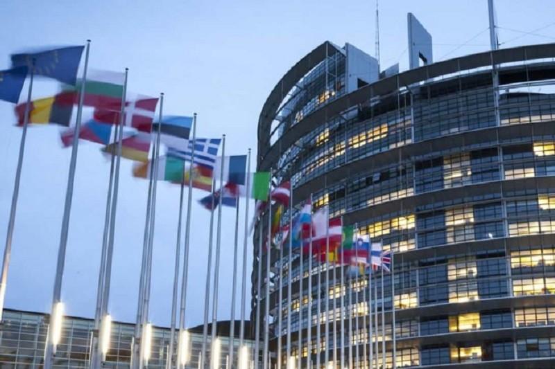 Eurodeputado desafia à criatividade em período de confinamento