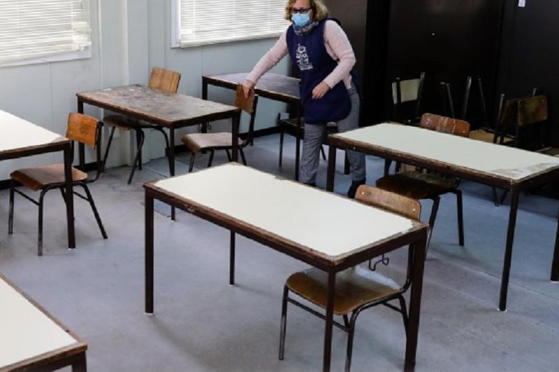 Covid-19: Regresso às aulas no secundário será gradual, dizem pais e diretores