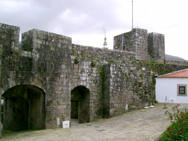 Dois investidores nacionais interessados na concessão de castelo em Cerveira