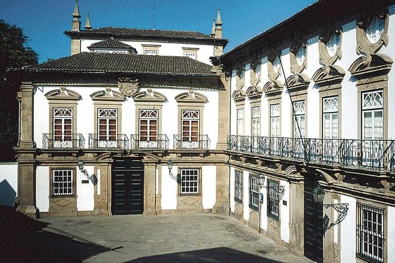 Série televisiva Vento Norte rodada em museu e mosteiro de Braga