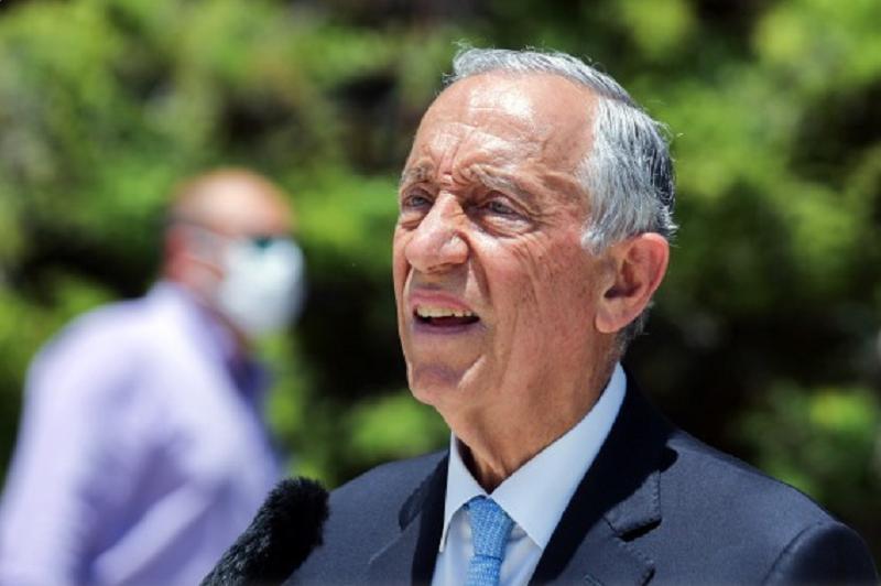 Marcelo sugere que Governo pondere prolongar 'lay-off' para conter o desemprego