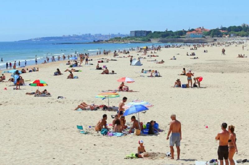 Covid-19: Concessionários de praia dizem que lista de lotação já estava prevista