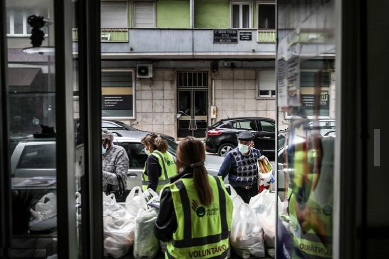 Covid-19: Campanha do Banco Alimentar começa hoje com vales nos supermercados e Internet