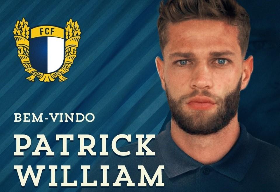 Defesa central brasileiro Patrick William assina pelo Famalicão