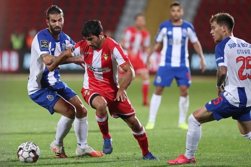 FC Porto empata nas Aves 0-0
