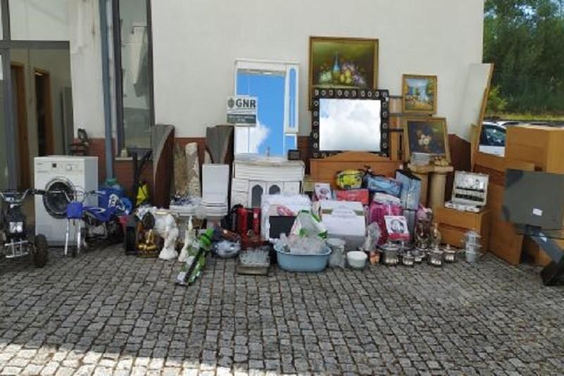 GNR recupera quase a totalidade de recheio furtado em residência de Viseu