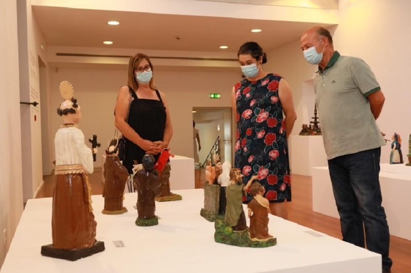 Museu de Olaria expõe 'Mãos no Barro, Figuradas da Vida' de Manuel Macedo