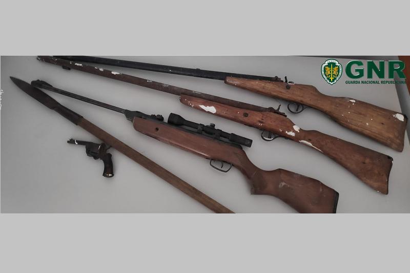 GUIMARÃES: GNR apreendeu armas a suspeito de violência doméstica