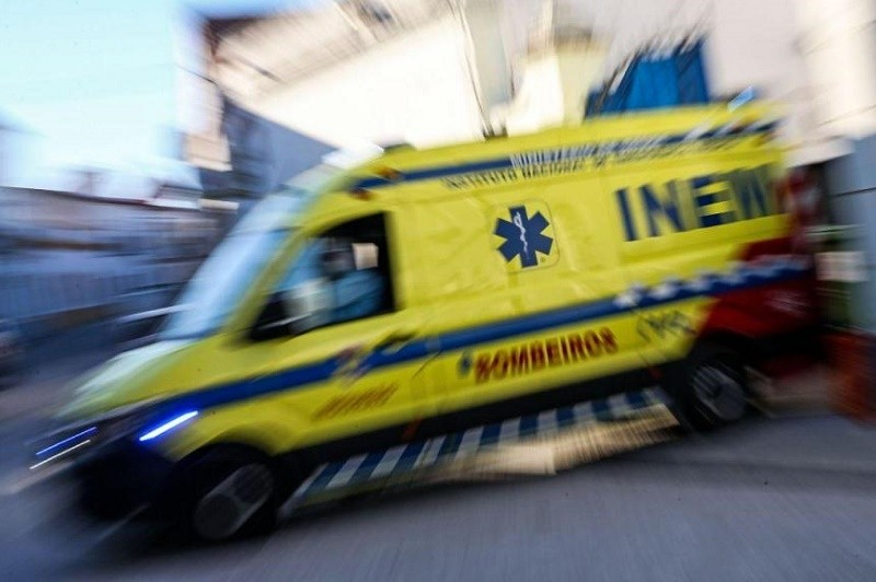 Um morto e cinco feridos em acidente com ligeiro e ambulância em Famalicão
